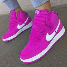 Sneakers Nike Pink Sports 21 Ideas For 2019 Cute Sneakers, Pink Sneakers, Sneakers Fashion, Sneakers Nike, Hype Shoes, Women's Shoes, Me Too Shoes, Shoe Boots, Footwear Shoes