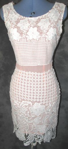 Missguided,ladies,size 10,peach,ivory,scoop neck,sleeveless,Formal,Dress.