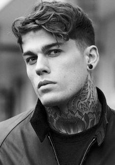 Stephen James everyone Top Hairstyles For Men, Haircuts For Men, Cool Hairstyles, Men's Hairstyle, Haircut Men, Hairstyles Videos, Italian Male Model, Blonde Jungs, Stephen James Model