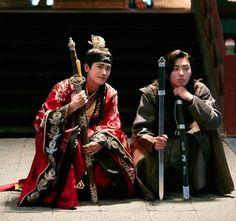 Hwarang: The Poet Warrior Youth / 화랑 Park Hyung Sik Hwarang, Park Hyung Shik, Hwarang The Beginning, Asian Actors, Korean Actors, Asian Boys, Asian Men, Kpop, Dramas
