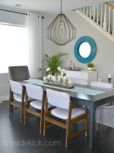 colorful, modern dining room by www.tinysidekick.com #diningroom #modern #homedecor