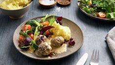 Kj& i kremsaus Baked Potato, Potatoes, Eggs, Baking, Breakfast, Ethnic Recipes, Food, Morning Coffee, Potato