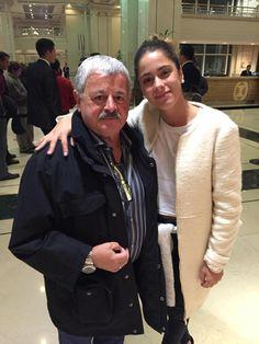 En Santiago me encontré con @TiniStoessel que se sumó a la cruzada de #justiciaparasole gracias muñeca!!