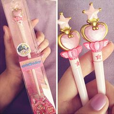Stuff delicious ramen into your belly with these adorable Sailor Moon chopsticks! These chopsticks come in a Moon Stick design that are so cute you just won't be able to wait to show them off during lunch time. Imagenes Color Pastel, Otaku, Anime Merchandise, Sailor Moon Merchandise, Girly Things, Kawaii Things, Girly Stuff, Nice Things, Sailor Scouts
