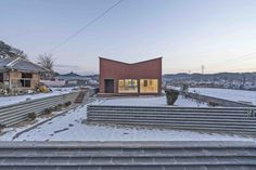 ARCHDAILY: Anmyeondo House / JYA-RCHITECTS | ArchDaily http://www.davincilifestyle.com/archdaily-anmyeondo-house-jya-rchitects-archdaily/            Anmyeondo House  / JYA-RCHITECTS                       © Hwang Hyochel                                                                                  +34                   Architects   Location   Architects in Charge Won Youmin, Jo Janghee, Paik Myoungwha, Choi Yoomi   Area 176.83 m2   Project Year 2017   Photographs   Manuf
