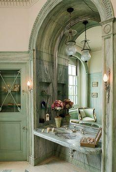Castle Hill on The Crane Estate in Ipswich Massachusetts - Florence Crane's marble bathroom. | Harvard Magazine