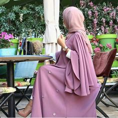 Hijab Fashion Selection of over 100 looks in trendy and chic Abaya Islamic Fashion, Muslim Fashion, Modest Fashion, Fashion Outfits, Fashion Wear, Fashion 2017, Muslim Dress, Hijab Dress, Hijab Outfit