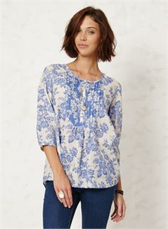 2015 Spring Braintree WST2227 Sofi Rae Top £43.00 (inc VAT) Product code: 1153 Introducing the new Sofi Rae Top from the Spring Summer '15 collection at Braintree Clothing. This pretty top in the gorgeous Sofi Rae print has a soft shirt styling with little gathers under the placket and fine pintuck detailing.   55% Hemp, 45% Organic cotton woven Machine wash at 30c Do not tumble from www.melburygallery.co.uk #BraintreeClothing xx