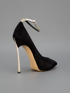 CASADEI - Sapato preto. 9
