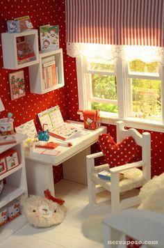 "DIORAMA ""HELLOKITTY BEDROOM""( around 16 cm size dolls ) by Keera, via Flickr"
