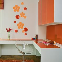 Create an innovative style for your rooms with these colorful flowers composition wall decals. Apply these vinyl stickers to get hawaiian atmosphere and transform your space into a relaxing environment.$39.95