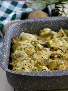 Artichokes and baked potatoes with eggs and cheese Italian Eggs, Italian Soup, Italian Dishes, Italian Recipes, Types Of Sandwiches, Pasta Types, Chicken Parmigiana, Italy Food, Peeling Potatoes