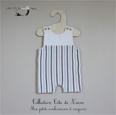 Combinaison courte bébé à fines rayures, coloris écru, beige et chanvre, 1-3 mois : Mode Bébé par les-chatsmaillerient