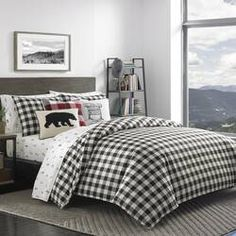This Eddie Bauer Mountain Plaid Black Duvet Cover Set seamlessly matches your room's modern interior. The duvet cover is cotton, ensuring the fabric is soft to the touch and pleasingly comfortable for everyday use. Match the cover with the inclu Black Comforter Sets, Plaid Comforter, Queen Comforter Sets, King Comforter, Queen Duvet, Duvet Sets, Black Bedding, Black Duvet Cover, King Duvet Cover Sets