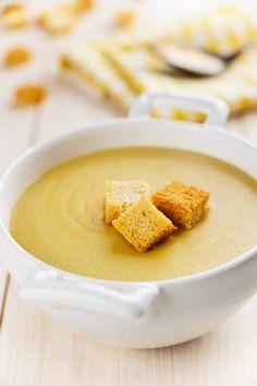 Zupa z soczewicy z kolendrą