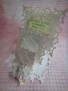 FULL PICTURE TUTORIAL ON HOW TO MAKE THIS TRIPLE EASEL CARD..STEP BY STEP