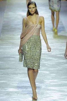 Blumarine Spring 2009 Ready-to-Wear Fashion Show - Maryna Linchuk