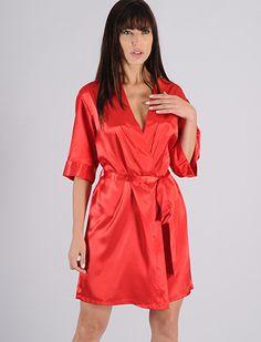 Robe feminino curto em Cetim - AG15 :: RMD LingerieRobe feminino curto em cetim, com abertura transpassada, faixa para amarrar e fechar. O robe pode ser usado em conjunto com as camisolas e pijamas de nossa coleção.  http://www.rmdlingerie.com.br/prod,IDLoja,8529,IDProduto,1969702,robe-robe-feminino-robe-feminino-curto-em-cetim---ag15