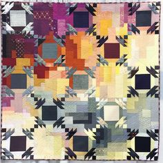 Another gorgeous quilt. This one by @parsleyisthenewblack  So good. #quiltcon