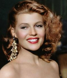Rita Hayworth by klimbims on DeviantArt Hollywood Stars, Hooray For Hollywood, Golden Age Of Hollywood, Vintage Hollywood, Hollywood Glamour, Hollywood Actresses, Classic Hollywood, Hollywood Jewelry, Old Movie Stars