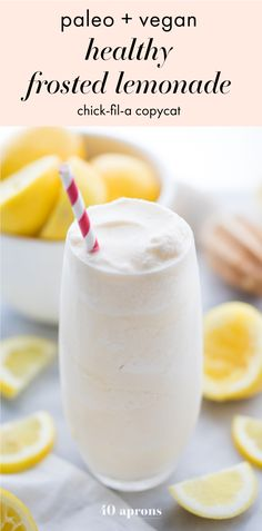 This healthy frosted lemonade recipe is totally life changing. Paleo and vegan, this frosty summer treat is creamy, tangy, and refreshing, with no unhealthy ingredients! Smoothie Fruit, Healthy Smoothies, Healthy Drinks, Healthy Desserts, Healthy Food, Healthy Lemonade, Healthy Eating, Asian Desserts, Dinner Healthy