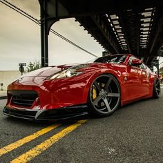 Not too crazy about 370z but props for awesome custom job!
