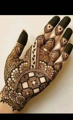 Mehndi henna designs are always searchable by Pakistani women and girls. Women, girls and also kids apply henna on their hands, feet and also on neck to look more gorgeous and traditional. Mehndi Designs Book, Indian Mehndi Designs, Mehndi Designs 2018, Mehndi Designs For Girls, Mehndi Design Photos, Unique Mehndi Designs, Mehndi Designs For Hands, Tattoo Designs, Arabian Mehndi Design