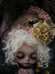 Gothic doll...love the headpiece. Custom Blythe.