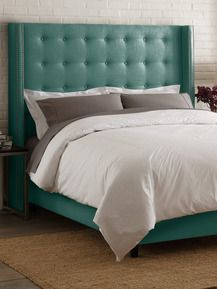 Button Tufted Linen Wingback Bed by Platinum Collection by SF Designs - Found at #GiltLive via @GiltGroupe