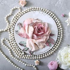 Yevgeniya Yermilova'ın fotoğrafları Craft Projects, Projects To Try, Plaster Crafts, Cold Porcelain Flowers, Wedding Anniversary Invitations, Sculpture Painting, Clay Art, Flower Art, Sculptures