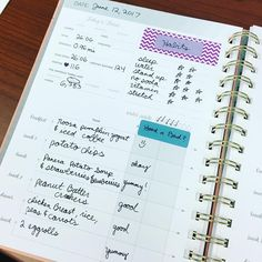 Helpful ideas to add to your inkWELL Press Fitness Planner! I love the pops of color here.  #Regram via @generated