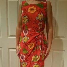 "NWOT Robbie Bee 100% silk, size 6, faux-wrap maxi NEW Robbie Bee faux wrap long sleeveless maxi dress.  Size 6.  100% silk with poly lining.  Zips up back.  Measures 54"" from top to bottom.   Never worn, new condition.   NWOT Robbie Bee Dresses Maxi"