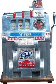 Antique slot machine juke box, vintage slot machines, arcade, old vegas, bar Peter O'toole, Arcade Game Machines, Arcade Games, Vending Machines, Game Design, Nascar, Vintage Slot Machines, Juke Box, Las Vegas