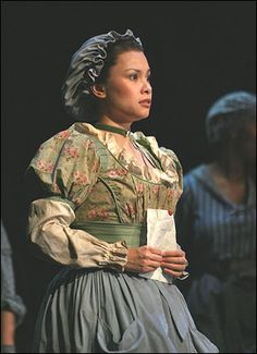 Who does fantine kiss in les miserables?