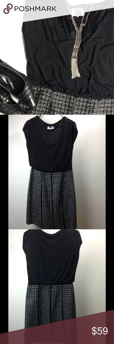 """Laundry by Design ⚜ Tweed Career Dress Black and White Tweed Career Dress, Stretchy Upper, Length 36"""", Chest 44, Waist 30, Lined, Side Zipper Closure, Good Condition ( no size tag, measures approximately an 8). Laundry by Design Dresses"""