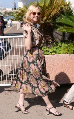 Kirsten Dunst from The Big Picture: Today's Hot Pics  The actress is fabulous in floral while out and about in Cannes.