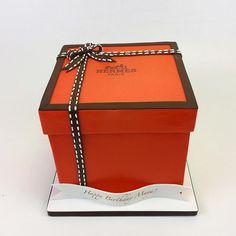 hermes box cake logo by Hermes Box, 3d Cakes, Box Cake, Nyc Fashion, Maya, Cake Decorating, Decorative Boxes, Happy Birthday, Couture