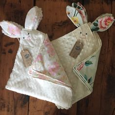 Items similar to Vintage Cotton Bunny Lovey Blankie Homemade Baby Gifts, Diy Baby Gifts, Toddler Gifts, Baby Crafts, Gifts For Kids, Bunny Blanket, Lovey Blanket, Handgemachtes Baby, Baby Toys