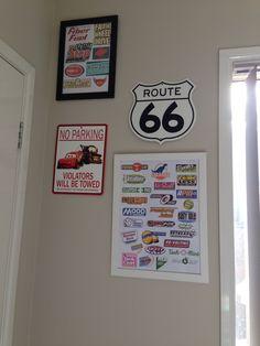 Put various car logos printed in color in a frame Disney Cars Bedroom, Car Bedroom, Bedroom Themes, Kids Bedroom, Childrens Bedroom, Bedroom Ideas, Bedroom Decor, Car Themed Rooms, Car Themes
