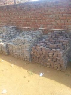 Stonemart, the leading natural stone exporter in india offers natural stone cobbles for garden and landscaping. Buy mandana red sandstone cobbles at cheap price from Stonemart.