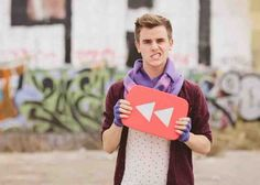 Connor Franta was in the YouTube rewind! He looks so adorable and has amazing ice powers!