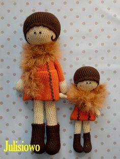 Tola y Lola muñecas de ganchillo 2 PDF patrones por JulioToys