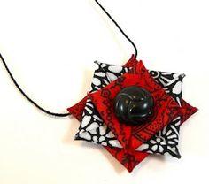 How to Make Stiffened Fabric Jewelry, tutorial http://www.craftypod.com/2009/09/15/how-to-make-stiffened-fabric-jewelry/