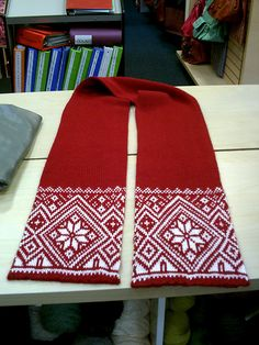 FREE Norwegian Snowflake scarf by Todd Gocken on Ravelry