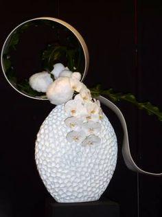 Art Floral, Photo Merci, Modern Flower Arrangements, Quelques Photos, Jolie Photo, Ikebana, Flower Art, Marie, Candle Holders
