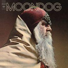 """MOONDOG """"Moondog"""" – LP, Limited Edition, White Vinyl.  Er wurde als Louis Hardin geboren, aber in der Musikwelt verewigte er sich als Moondog. Seine avantgardistischen Kompositionen beeinflussten eine ganze Generation von Komponisten der Minimal Music wie Philip Glass oder Steve Reich. Jetzt wird MOONDOG, das Album des """"blinden Wikingers von Manhattan"""", das er 1969 unter der Ägide des Produzenten James William Guercio einspielte, auf weißem Vinyl neu veröffentlicht."""