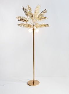 Syrette Lew palm lamp.