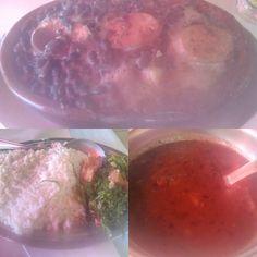 Um lugar que parece ter tudo de bom na sua aparência, como no lugar, mas que no fim passou longe de ter algum refino, tudo muito simples na comida, com certos destaques, e no lugar em si problemas de manutenção que atrapalham a experiência como um todo.  #almoco #comida #restaurante #feijoada #feijao #arroz #couve #torresmo #carne #CarneSeca #linguica #paio #calabresa #bacon #molho #farofa #porco #constela #costelinha #XinGourmet #NovaMarechal  Feijoada Pequena-R$30 em Restaurante Nova…