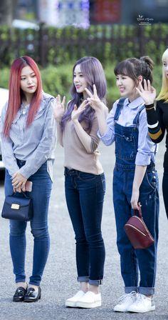 Womens Fashion Uk, Uk Fashion, Korean Fashion, Girl Fashion, Wendy Red Velvet, Red Velvet Irene, Red Velet, Redvelvet Kpop, Velvet Fashion