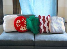 Sandwich pillows